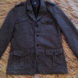 Брендовое демисезонное мужское пальто h&m 48 р. Фото 1.