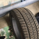 Goodyear ultragrip 8, 235/45 r17. Фото 2.