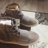 Yeezy boots 750. Фото 2.