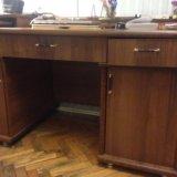 Письменный стол. Фото 1.