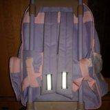 Рюкзак для девочки на колёсах и выдвигающейся ручк. Фото 3.