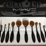 Набор кистей для макияжа. Фото 3.