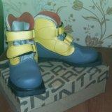Лыжные ботинки 33 размера. Фото 1.