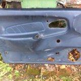 Обшивка водительской двери ваз лада 2114 2115 2109. Фото 1.