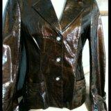 Куртка -пиджак нат. кожа, лак. Фото 2. Волгоград.