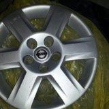 Колпак на колесо nissan. Фото 1.