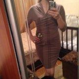 Красивое платье цвета капучино. Фото 2.