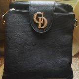 Черная сумочка. Фото 1.