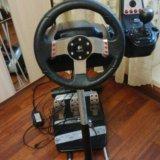 Руль logitech g27 racing wheel с подставкой. Фото 1.