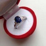 Кольцо из белого золота с сапфиром. Фото 1.