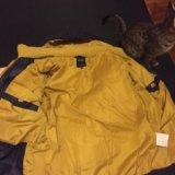Брюки-джинсы и куртка. Фото 3.