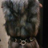 Меховая жилетка из чернобурки. Фото 1.
