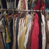 Одежда, ремни, сумки, шапки, обувь. Фото 1. Белгород.