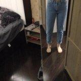 Новые джинсы с высокой талией. Фото 2.