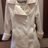 Пальто белое. Фото 1.