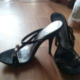 Обувь 4 пары. Фото 2.