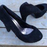 Туфли три пары. Фото 2.