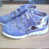 Кроссовки для девочки р-р33. Фото 1. Челябинск.