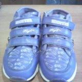 Кроссовки для девочки р-р33. Фото 2.