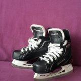 Коньки хоккеиные. Фото 3.