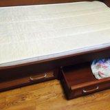 Кровать и шкаф подростковый. Фото 2.