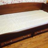 Кровать и шкаф подростковый. Фото 1.