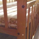 Кроватка с матрасом и бортиками. Фото 4.