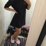 Платье с кожаными вставочками. Фото 2. Омск.