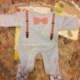 Набор из новых детских вещей для новорождённых. Фото 4.