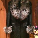 Кожаное пальто с натуральным мехом. Фото 1.