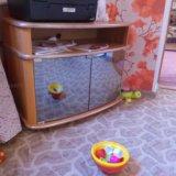 Тумбочка под телевизор. Фото 1.
