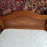 Кровать с матрасом. Фото 1.