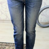 Голубые джинсы. Фото 3.