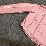 Кожанка zara basic нежно-розовая абсолютно новая. Фото 3.
