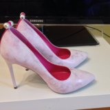 Новые туфли очень не обычного цвета. Фото 2.