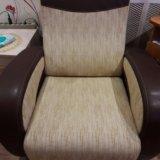 Диван и кресло. Фото 1.