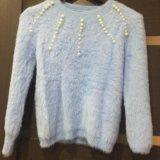 Пушистый свитер голубой. Фото 1.