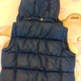 Тёплая жилетка для девочки. на возраст 5-6 лет. Фото 2.
