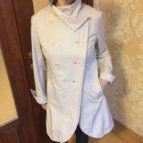 Молочные плащ и куртка бу на стройную женщину. Фото 4. Кемерово.