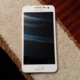 Samsung galaxy a3. Фото 4.