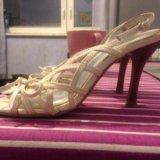 Белые открытые туфли на шпильке. Фото 2. Дубровка.