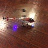 Радиоуправляемая игрушка, вертолет. Фото 1.