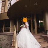 Срочно! свадебное платье 40 размер!. Фото 2. Саратов.