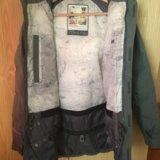 Сноубордическая женская куртка. Фото 3.