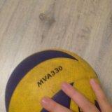 Волейбольный мяч mikasa330. Фото 1.