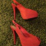 Красные туфли. Фото 1. Мурманск.