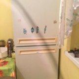Холодильник двухкамерный. шампанское в подарок!!!. Фото 2.