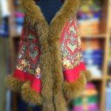 Утепленная накидка из павловопосадского платка. Фото 1. Ивантеевка.