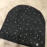 Новая шапка со стразами. Фото 1.