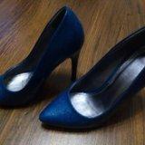 Туфли синие на шпильке. Фото 1. Воронеж.